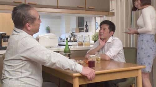 菊川みつ葉の着衣オッパイ